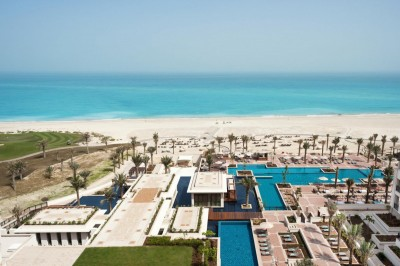Hotely v Abu Dhabi