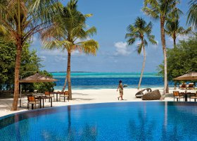 maledivy-hotel-hideaway-beach-resort-spa-123.jpg