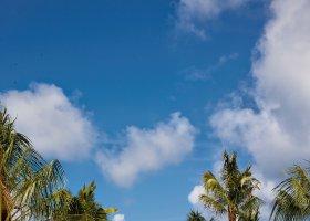 maledivy-hotel-hideaway-beach-resort-spa-124.jpg