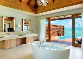 maledivy-hotel-hideaway-beach-resort-spa-139.jpg