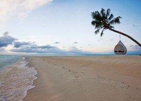 maledivy-hotel-hideaway-beach-resort-spa-165.jpg
