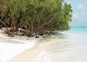 maledivy-hotel-hideaway-beach-resort-spa-168.jpg