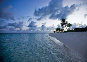 maledivy-hotel-hideaway-beach-resort-spa-169.jpg