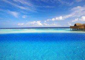 maledivy-hotel-lily-beach-resort-094.jpg