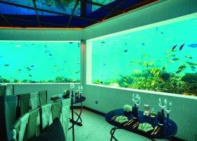 maledivy-hotel-ozen-by-atmosphere-at-maadhoo-323.jpg