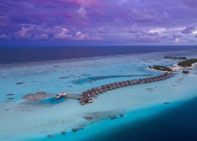 maledivy-hotel-ozen-by-atmosphere-at-maadhoo-385.jpg