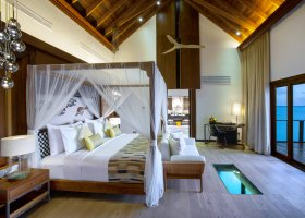 maledivy-hotel-ozen-by-atmosphere-at-maadhoo-401.jpg
