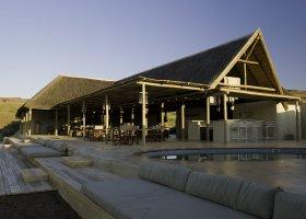 namibie-hotel-damaraland-camp-005.jpg