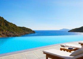 recko-hotel-daios-cove-luxury-resort-villas-035.jpg