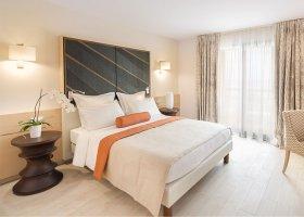 reunion-hotel-akoya-hotel-spa-032.jpg