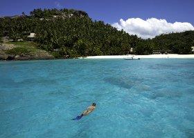 seychely-hotel-north-island-resort-043.jpg
