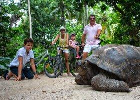 seychely-hotel-north-island-resort-070.jpg