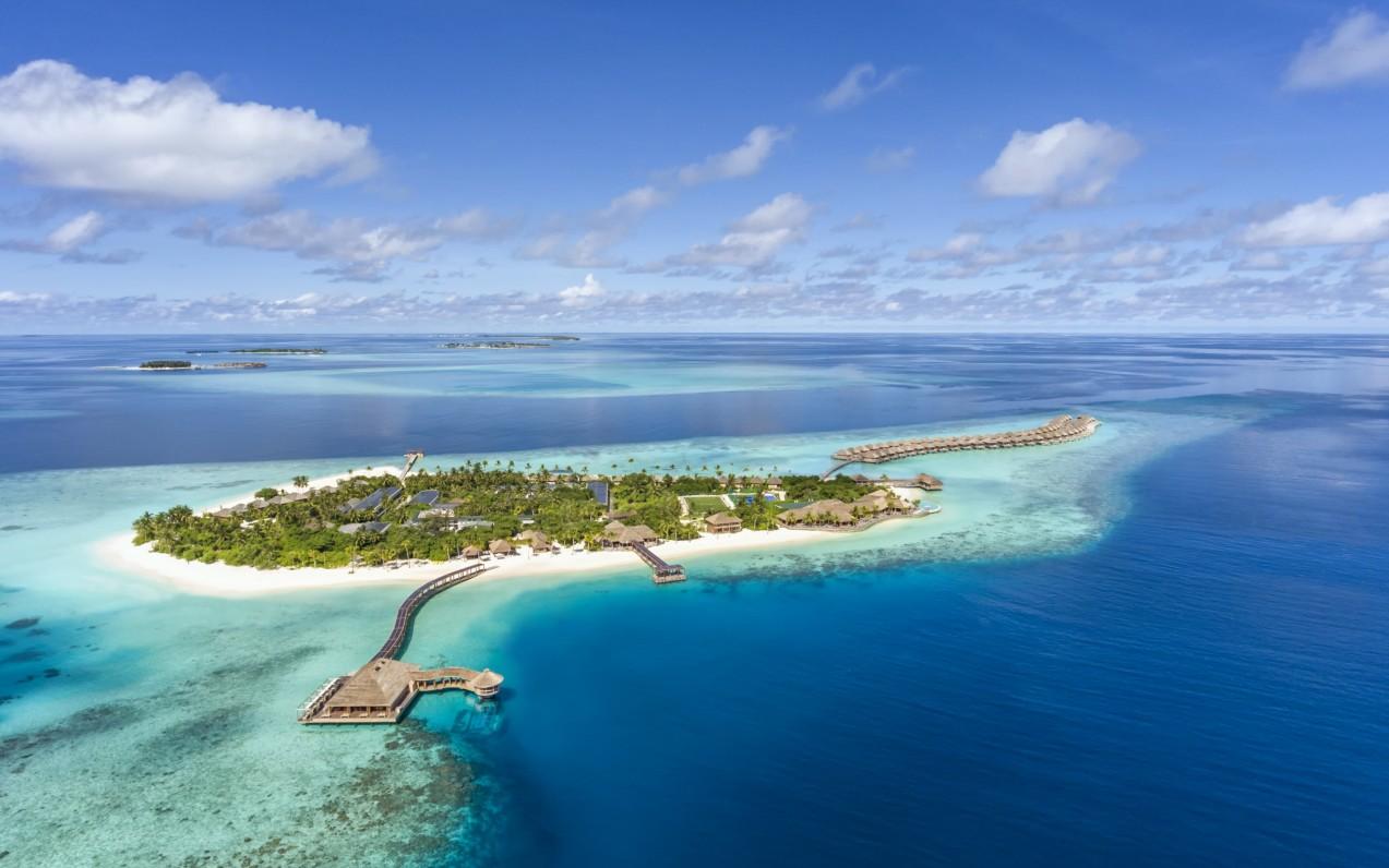 Hurawalhi Island Resort ***** - Maledivy *****