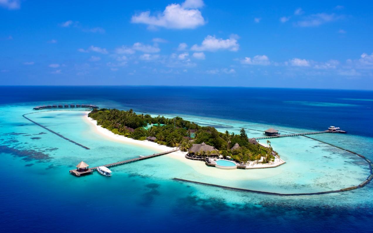 Komandoo Maldives Island Resort *****