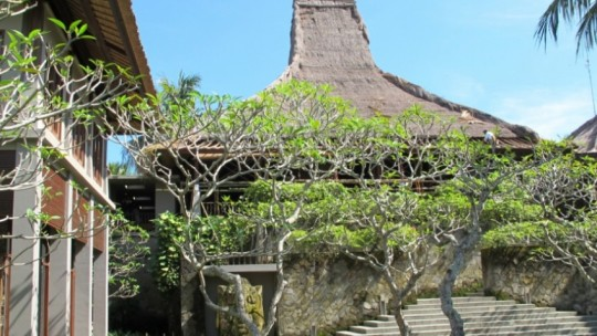 Maya Ubud Resort and Spa *****