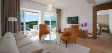 Bellevue Suite (93 m2 + terasa 52 až 57 m2, max. 6 osôb)