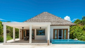Beach Residence With Plunge Pool (215 m², 18 vil)