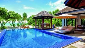 Family Villa with Pool (705 m2, 7 vil)