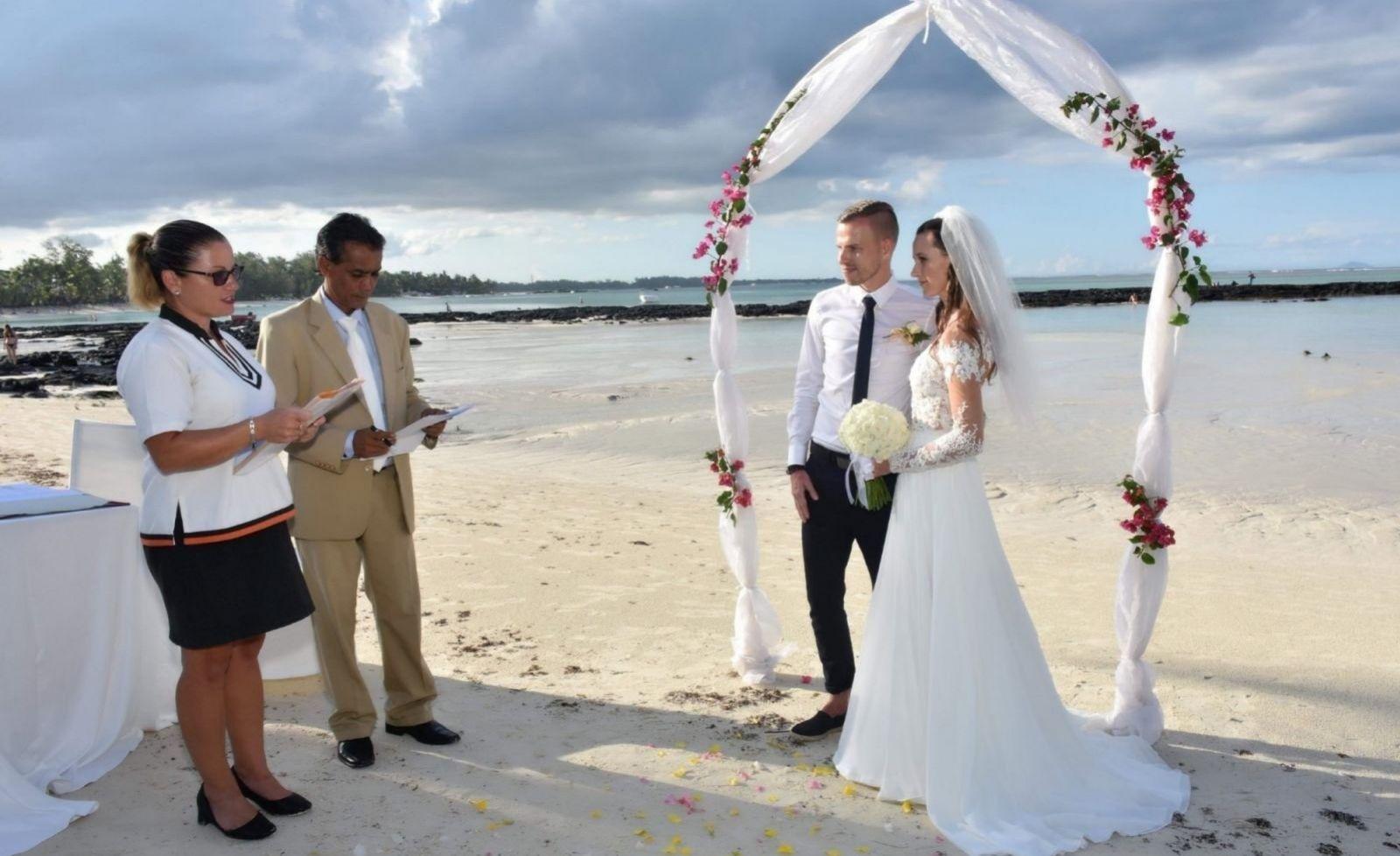 Svadbu v zahraničí sme sami zažili
